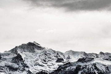 Schwarz-Weiß Berge in der Schweiz von Felix Brönnimann