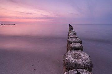 De steiger bij zonsondergang, Kühlungsborn van Marc-Sven Kirsch