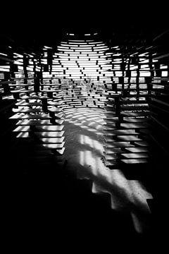 Abstracte vorm met schaduwspel van Studio Zwartlicht