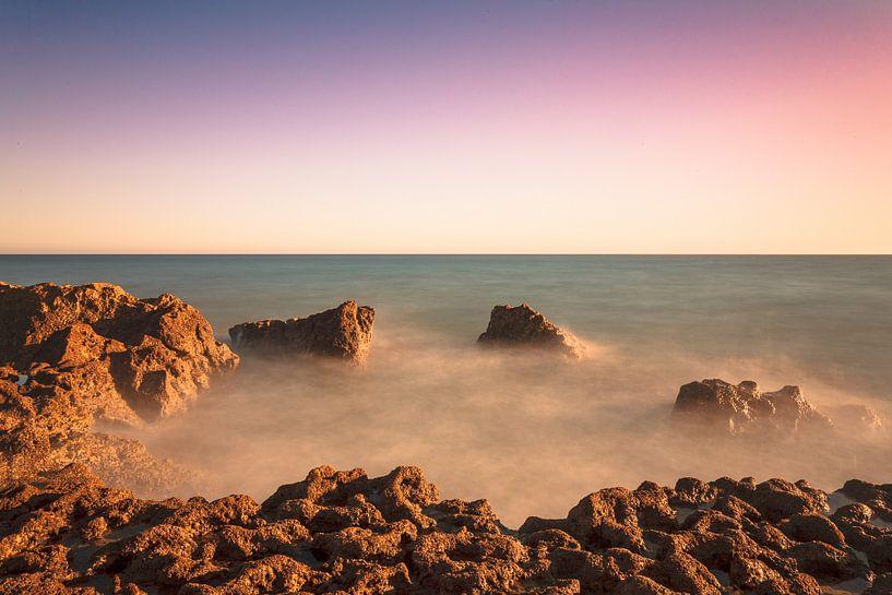 Portugese Seascape van Tom Roeleveld