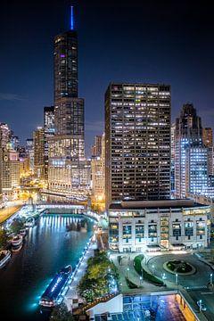 Good night Chicago - Zicht over de Chicago River van Edwin van Wijk