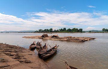 Myanmar: Irrawaddy (Aungmyethazan Township) van Maarten Verhees