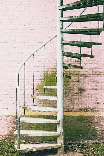Land van Ooit - trap van Anki Wijnen