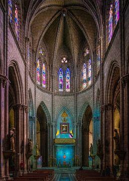 Dentro la Basílica van