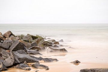 Rotsen in de Waddenzee.. van Miranda van Hulst