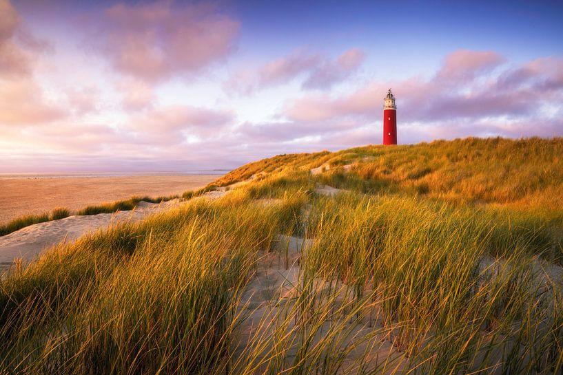 Zonsondergang vuurtoren op Eierland Texel van Vincent Fennis