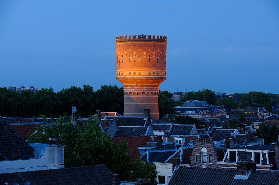 Watertoren aan de Lauwerhof in Utrecht van Donker Utrecht
