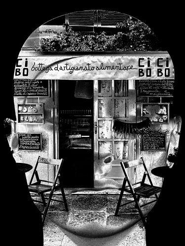 Inside the restaurtant