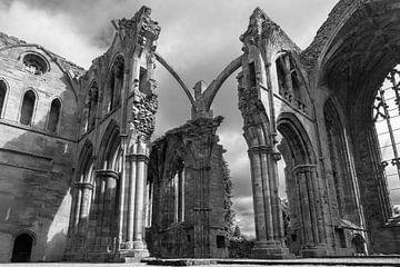 Ruïne van Melrose Abbey in Schotland von Floris van Woudenberg