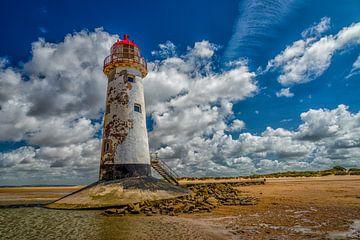 Point of Ayr Lighthouse in Wales van Leon Okkenburg