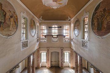 eindrucksvolle verlassene Villa von Kristof Ven