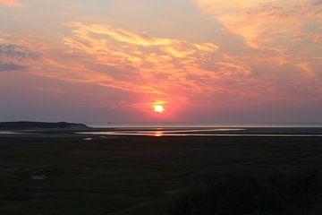 De Slufter op Texel bij zonsondergang van Natasja van Dwingelen
