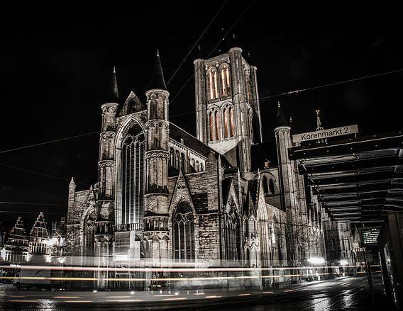 St Niklaaskerk bij nacht