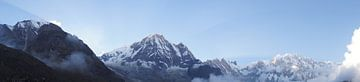 Zonsondergang Annapurna gebergte Nepal von Marilyn Bakker