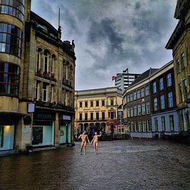 Lockdown Paradise (op de Stadhuisbrug te Utrecht) van Ruben van Gogh