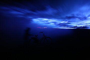 Blue Morning 1 van Herman Peters