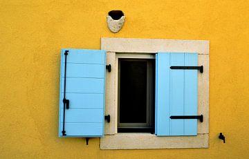 Half open raam van Koen Van Herck