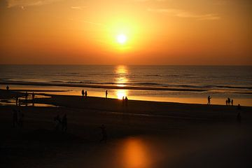 Goldene Stunde am Strand von Bonny Kraakman