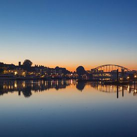 Deventer skyline ochtendlicht van Tom Smit