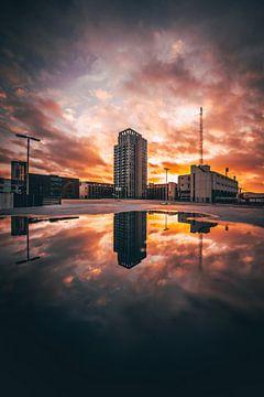 Zonsondergang in Eindhoven van Martijn Van Weeghel
