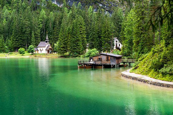 Pragser Wildsee  Lago di Braies van Reiner Würz / RWFotoArt