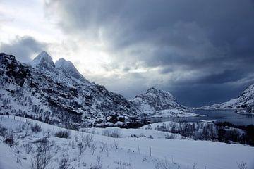 Winterliche Berglandschaft in Norwegen von Anam Nàdar