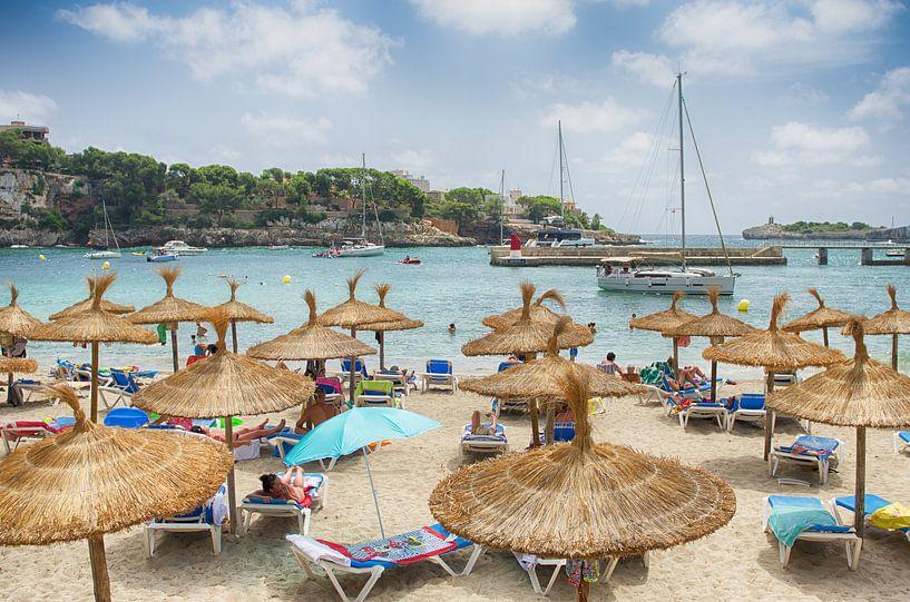 Het strand van Mallorca van Mark Bolijn