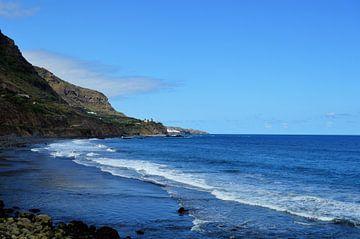 Playa del Socorro - Het koele strand van Tenerife met donker zand van kanarischer Inselkrebs Heinz Steiner