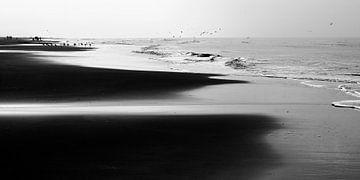 Het Noordzeestrand bij Noordwijk III van Chantal Heusschen