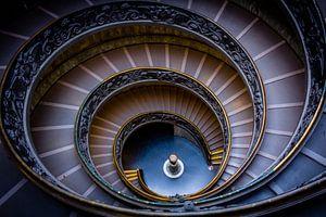 Spiraaltrap in Vaticaan Museum  zonder toeristen (Vaticaan Stad  - Rome)