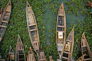 Traditionele bootjes in Myanmar van Jesper Boot