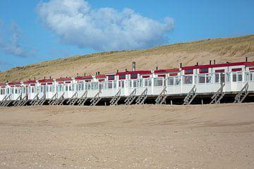 Strandhuisjes op strand Egmond aan  Zee von Ronald Smits