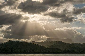 Tafelberg in Bacaroa, Cuba van Frank Laurens