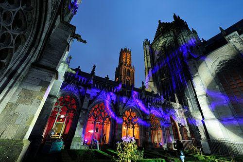 Het Pandhof bij de Domkerk in Utrecht tijdens de Museumnacht van Donker Utrecht