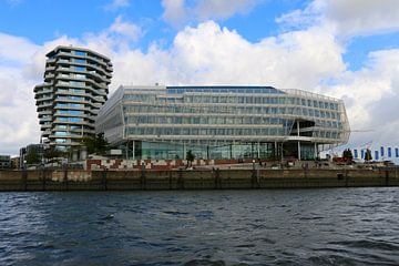 Marco-Polo-Tower und Unilever Haus Hamburg von Christiane Schulze