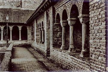 Kloostergang in Utrecht van Jan van der Knaap
