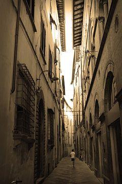 Toscane Italie Lucca Centre-ville Sépia sur Hendrik-Jan Kornelis