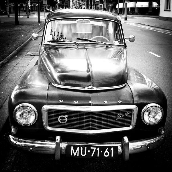 Klassieke Volvo PV444 van Pieter Wolthoorn
