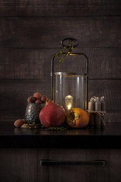 Modern Still Life van verschillende soorten fruit en elementen van Steven Dijkshoorn