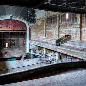 Das verlassene Gebäude Cine Varia, Charleroi von Martijn Mureau