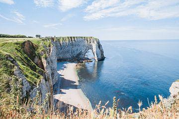 Krijtrotsen bij de zee, Normandie in Frankrijk van Robin Polderman