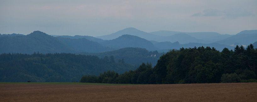pastel bergen van Marika Rentier