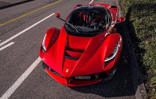 Ferrari LaFerrari van