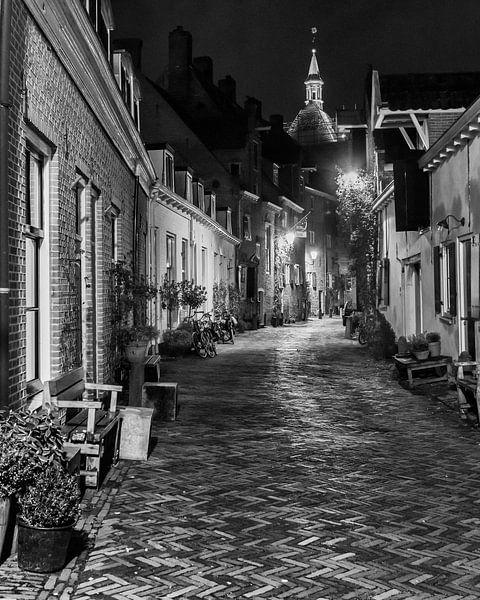 Hometown Nocturnal # 6 van Frank Hoogeboom