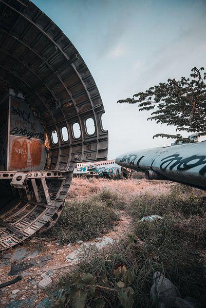 Abandoned aircraft van Bas Glaap