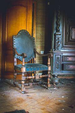 Zerfall-Stuhl von Kim Schröder