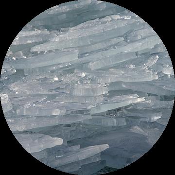 Kruiend ijs op het IJsselmeer van Barbara Brolsma
