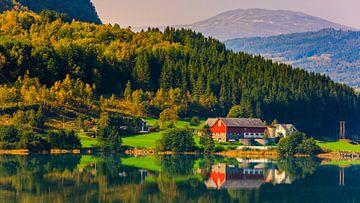 Bergheimsvatnet, Gloppen, Sogn og Fjordane, Norwegen von Henk Meijer Photography