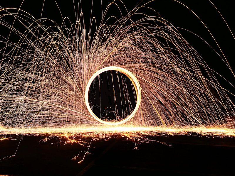 Fire spinning - Een klassieker van Rick Verdonschot