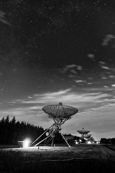 Astronomy domain | Astron | Westerbork Synthesis Radio Telescope van Rob de Voogd / zzapback